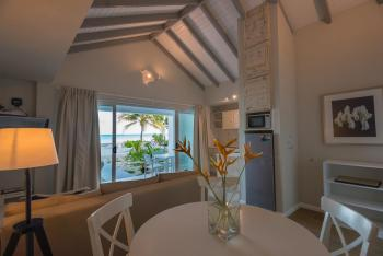 Le Nautique Luxury Beachfront Apartments Mahe 2 br Beachfront